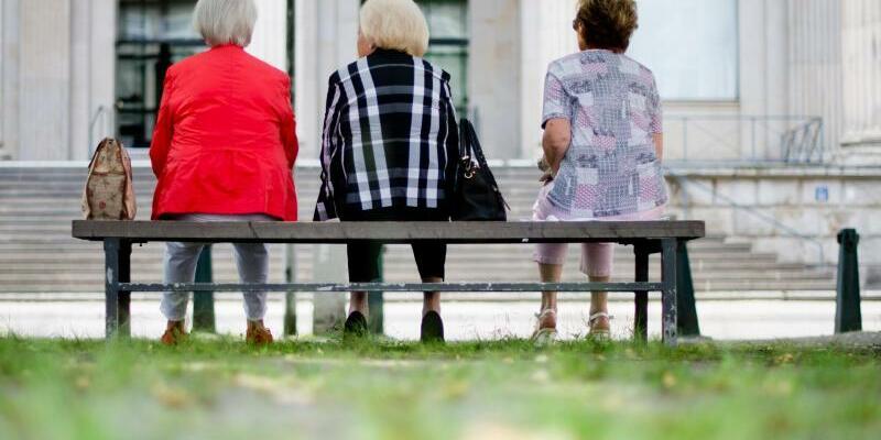 Seniorinnen - Foto: Julian Stratenschulte