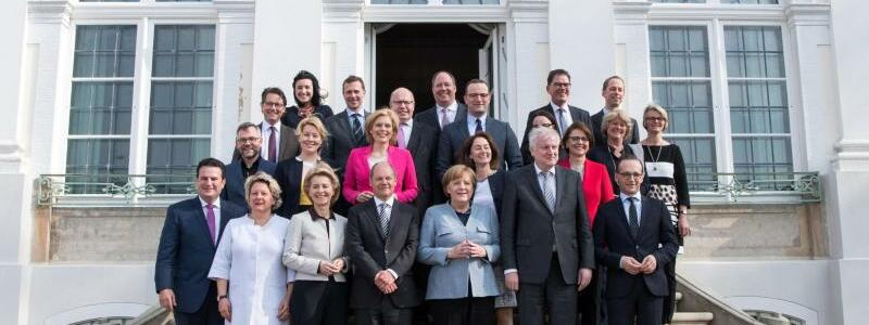 Bundeskabinett - Foto: Bernd von Jutrczenka
