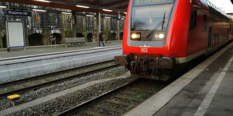Bahnhof Wuppertal - Foto: Claudia Otte