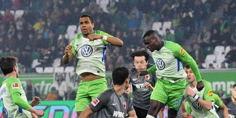 VfL Wolfsburg - FC Augsburg - Foto: Peter Steffen