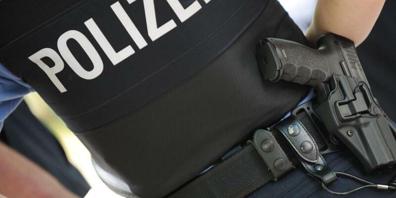 Polizeibeamtin - Foto: Arne Dedert