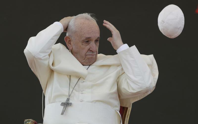 Papst Franziskus in Alessano - Foto: Andrew Medichini
