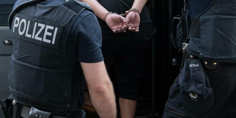 Verhaftung - Foto: Paul Zinken