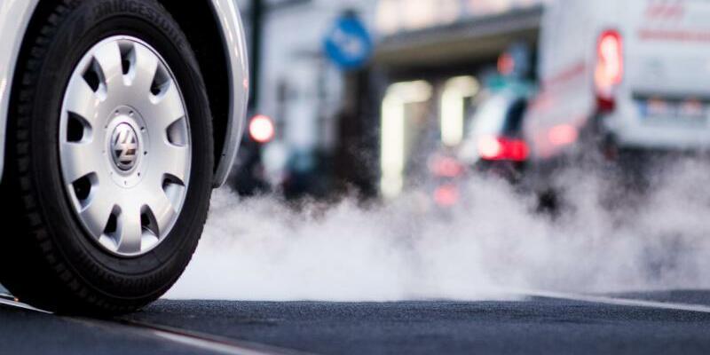 Autoabgase - Foto: Marcel Kusch