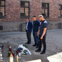 Kollegah und Farid Bang - Foto: Bernd Oertwig/Iak/Internationales Auschwitz Komitee
