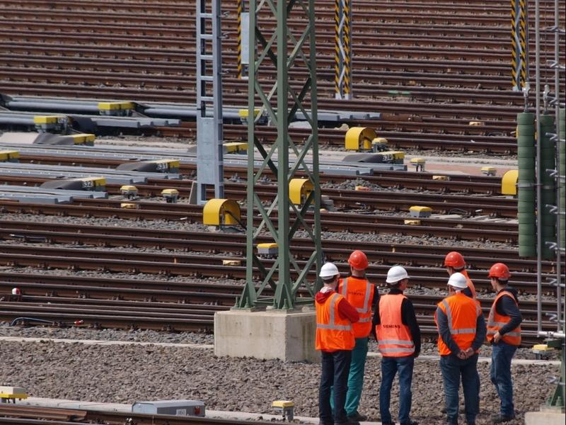 Arbeiter Gleisanlage - Foto: über dts Nachrichtenagentur