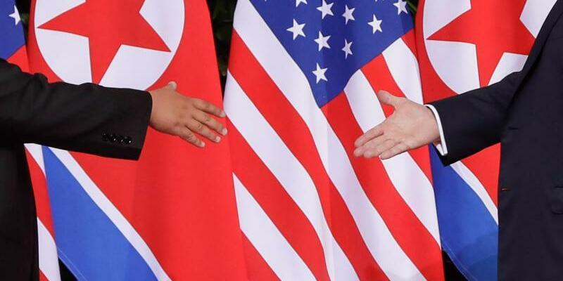 Handschlag - Foto: Evan Vucci/AP