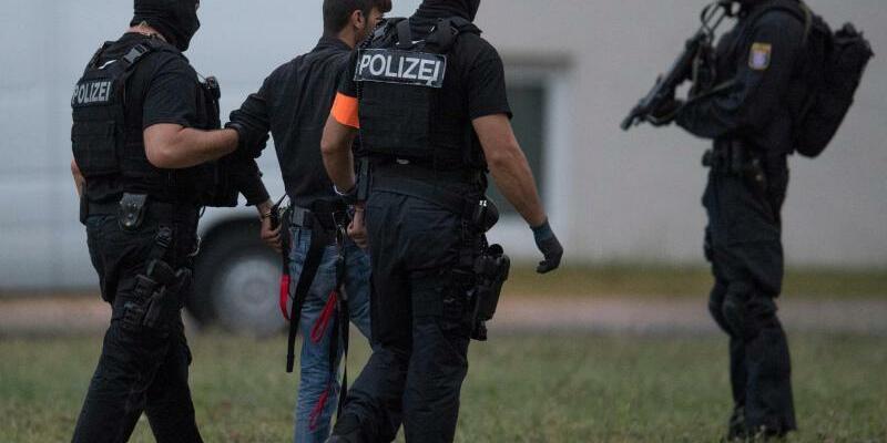 Tatverdächtiger - Foto: Boris Roessler