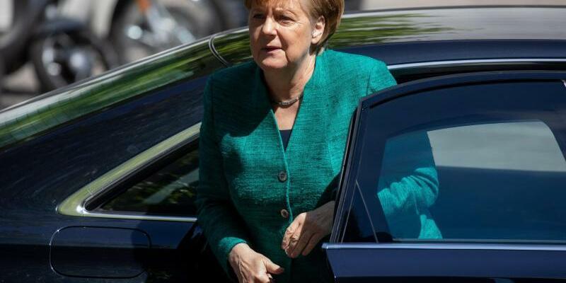 Merkel kommt zur CDU-Fraktionssitzung - Foto: Kay Nietfeld
