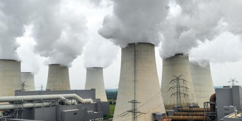 Braunkohlekraftwerk - Foto: Patrick Pleul/Illustration