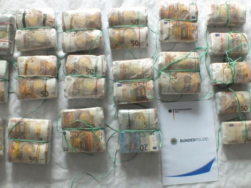 Bargeldfund am 13.06.2018 - Foto: Bundespolizei,  Text: über dts Nachrichtenagentur