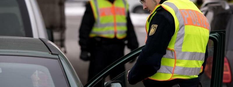 Grenzkontrollen an der A93 - Foto: Sven Hoppe
