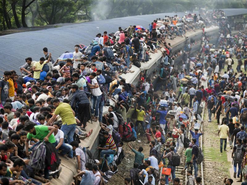 Platzmangel - Foto: A.M. Ahad/AP