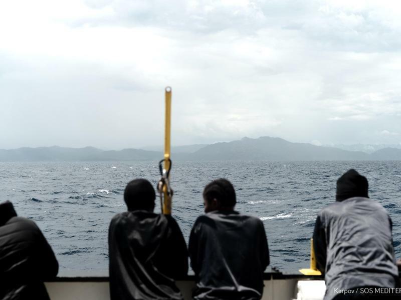 Flüchtlinge auf der «Aquarius» - Foto: Kenny Karpov/SOS Mediterranee/MSF/