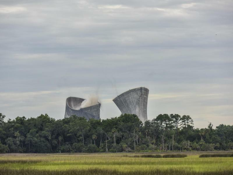 Implosion - Foto: Will Dickey--/The Florida Times-Union/AP