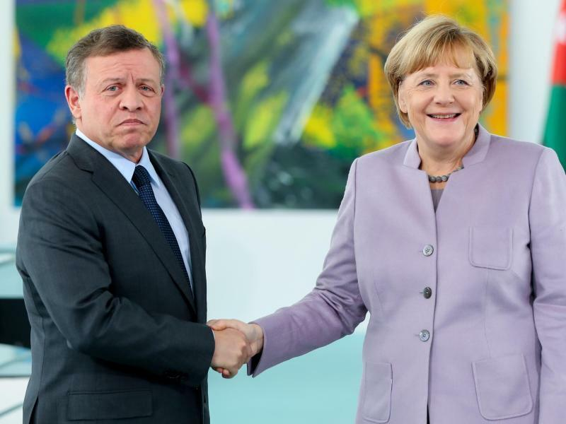 Merkel und König Abdullah II. - Foto: Kay Nietfeld