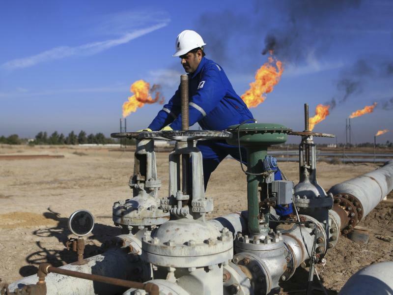 Ölfeld im Irak - Foto: Nabil Al-Jurani/AP