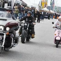 Hamburger Harley Days - Foto: Die dreitägigen Harley Days sind Deutschlands größtes Harley-Davidson-Biker-Treffen.Foto:Georg Wendt