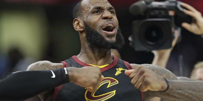 LeBron James - Foto: Tony Dejak/AP