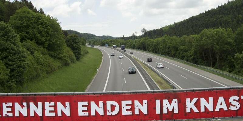 Illegale Autorennen - Foto: Steffen Schmidt