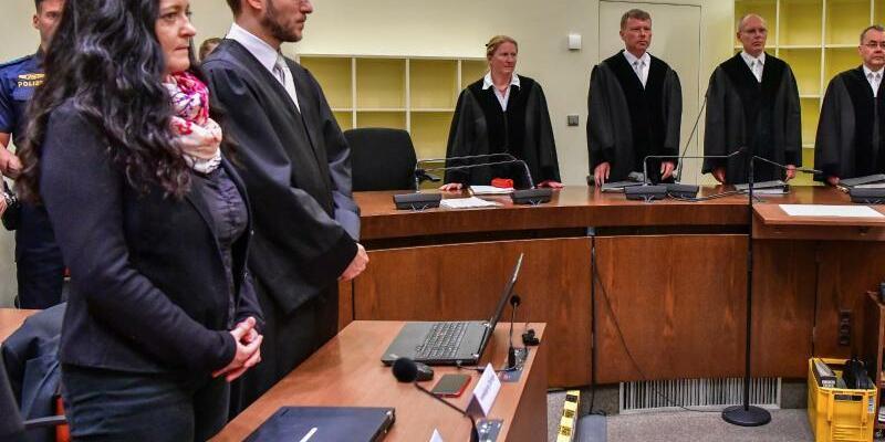 Urteil im NSU-Prozess - Foto: Peter Kneffel