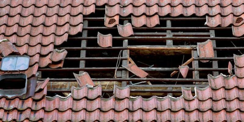 Schaden an Dach - Foto: Friso Gentsch