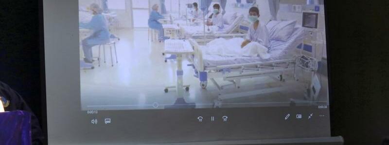 Im Krankenhaus - Foto: AP