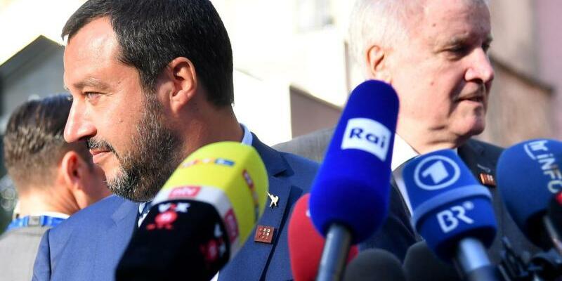 Salvini und Seehofer in Innsbruck - Foto: Barbara Gindl/APA