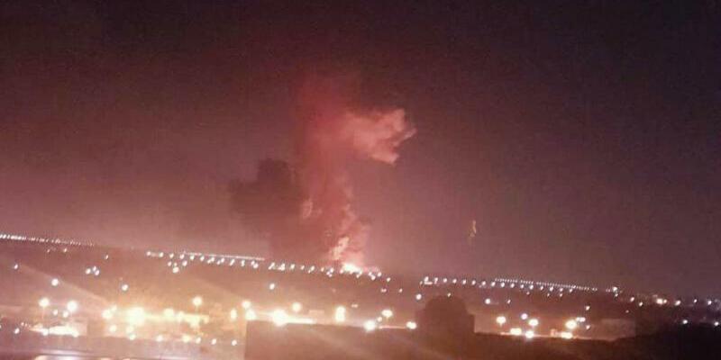 Explosion in Chemiefabrik in Kairo - Foto: Taher Amer Fathy/AP
