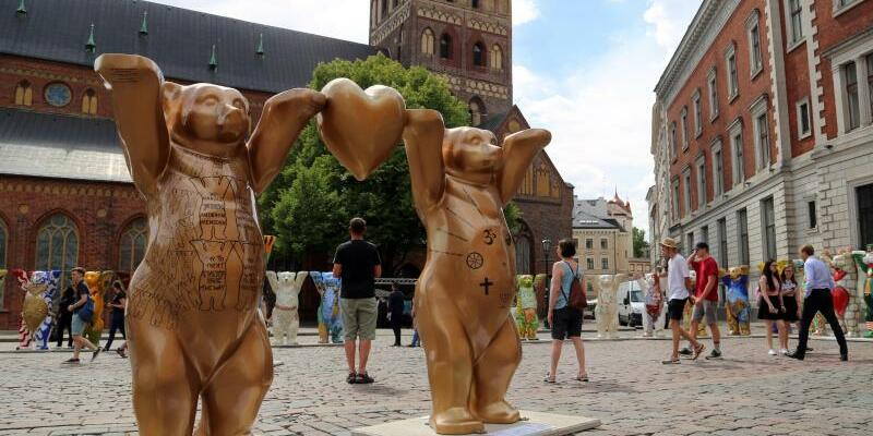 Berliner Buddy-Bären in Riga - Foto: Alexander Welscher