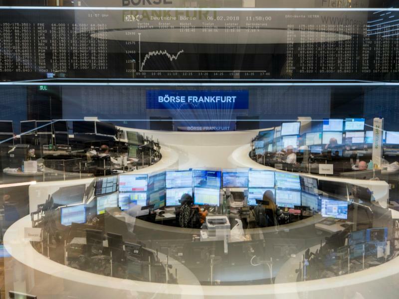 Börse Frankfurt - Dax-Anzeige - Foto: Boris Roessler