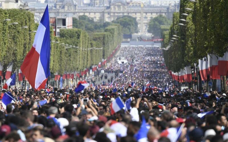 Champs-Élysées - Foto: Eric Feferberg
