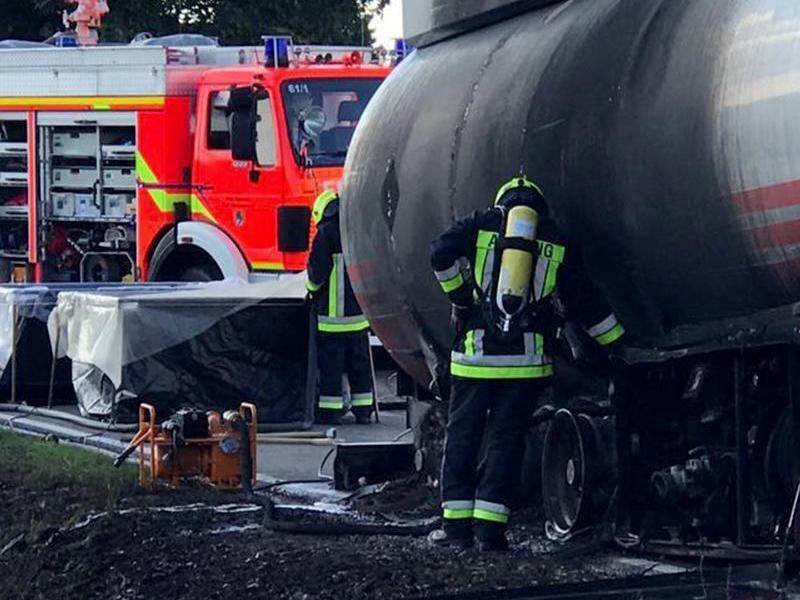 Löscheinsatz - Foto: Manfred Erhard/Feuerwehr Stadt Schrobenhausen