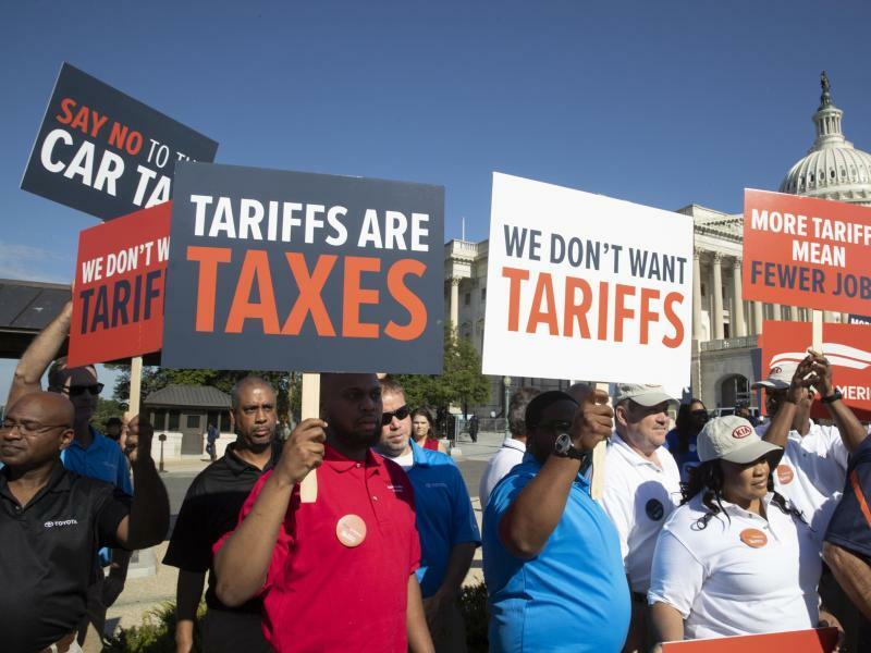 Protest in Washington gegen Autozölle - Foto: J. Scott Applewhite/AP