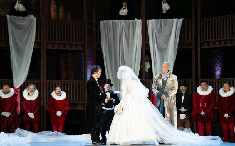 Shakespeare in Love - Foto: Swen Pförtner