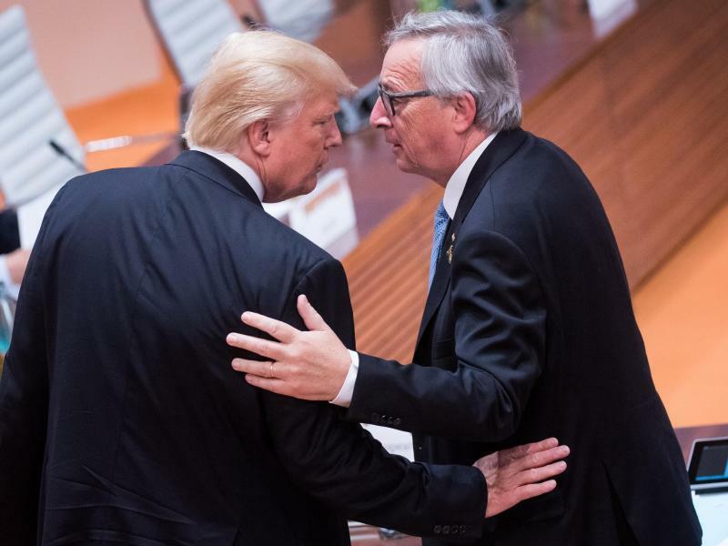 Donald Trump und Jean-Claude Juncker - Foto: Bernd von Jutrczenka