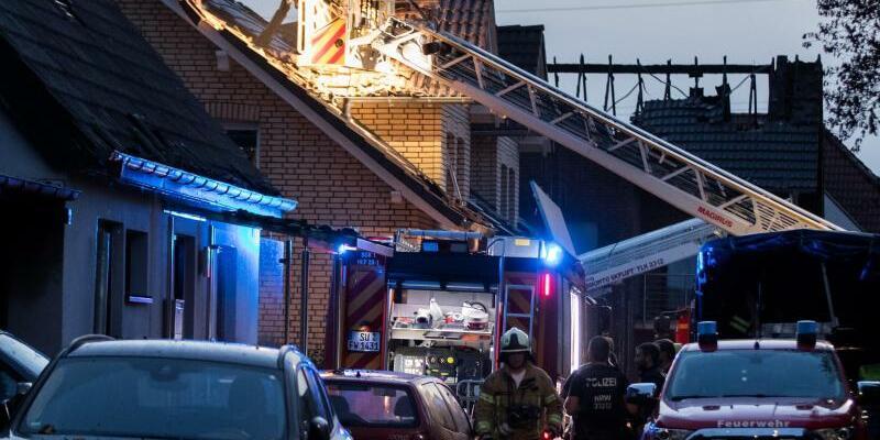 Feuerwehr vor Ort - Foto: Marcel Kusch