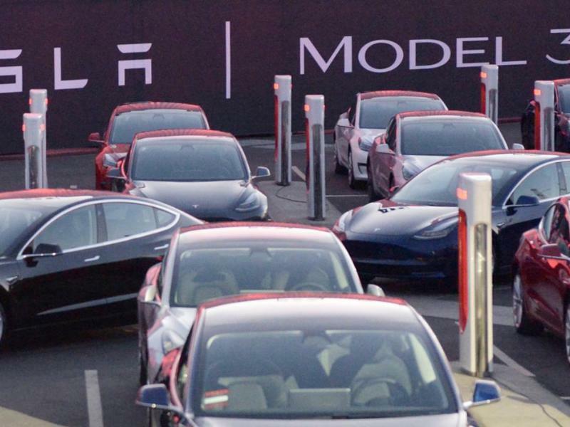 Elektroautokonzern Tesla - Foto: Andrej Sokolow