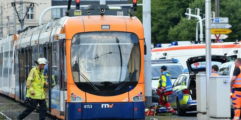 Straßenbahnunfall - Foto: Uwe Anspach