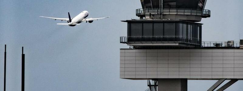 Frankfurter Flughafen - Foto: Frank Rumpenhorst