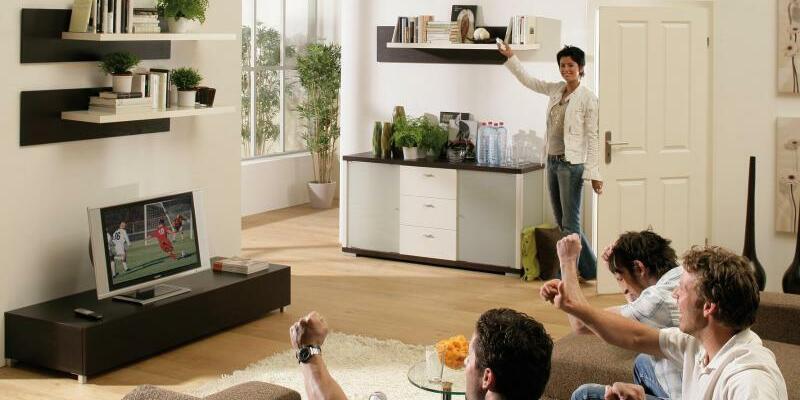 Klimagerät - Foto: Ein wandmontiertes Klimagerät sorgt für Kühlung. Die Kältebranche rechnet mit Rekordverkäufen. Foto:obs/Daikin Airconditioning Germany GmbH/Handout