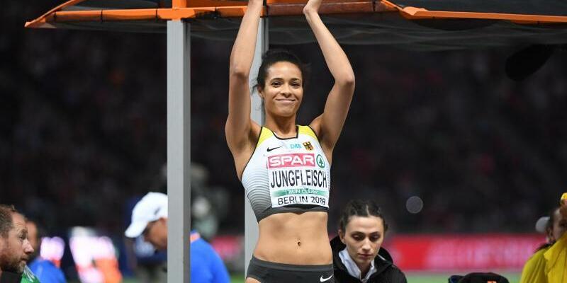 Glücklich über Bronze - Foto: Hochspringerin Marie-Laurence Jungfleisch aus Deutschland freut sich über ihre Medaille. Foto:Hendrik Schmidt