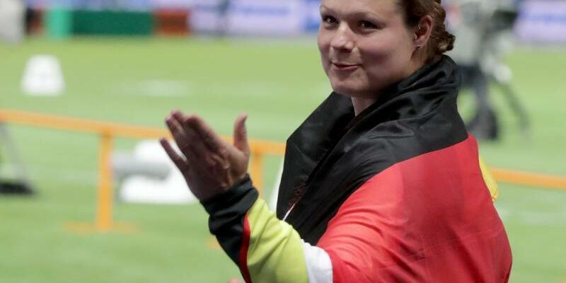 Kritik - Foto: Kay Nietfeld