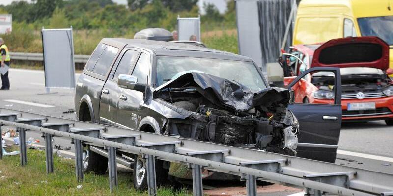 Schwerer Verkehrsunfall A20 - Foto: Thomas Häntzschel