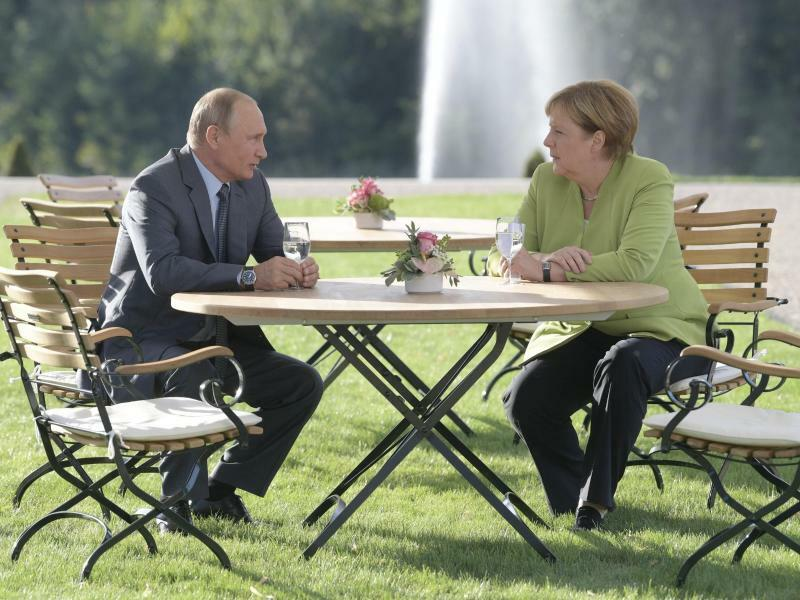 Merkel und Putin - Foto: Alexei Druzhinin/Pool Sputnik Kremlin/AP