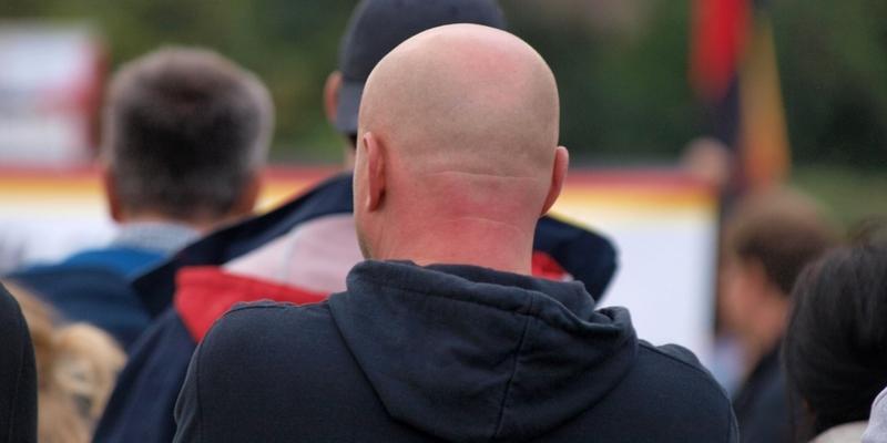 Rechtsradikaler bei Protest in Chemnitz - Foto: über dts Nachrichtenagentur