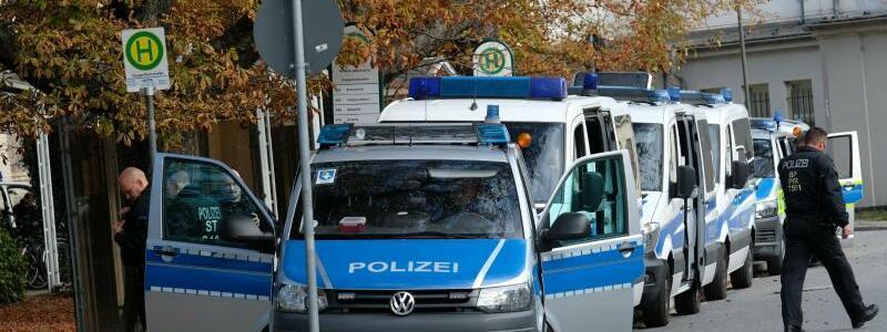Polizeipräsenz - Foto: Sebastian Willnow