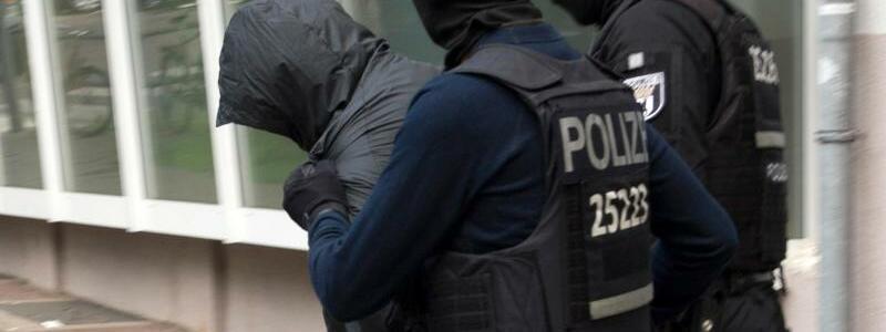 Polizeiaktion gegen Clan-Mitglieder - Foto: Polizeiaktion gegen Clan-Mitglieder in Berlin. Foto:Paul Zinken/Archiv
