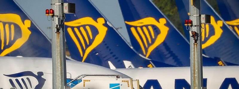Flugzeuge von Ryanair - Foto: Virginie Lefour/BELGA