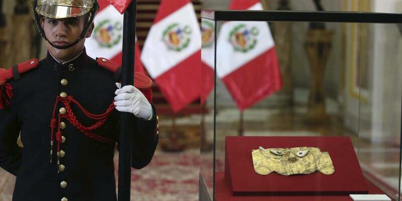 Totenmaske - Foto: Martin Mejia/AP